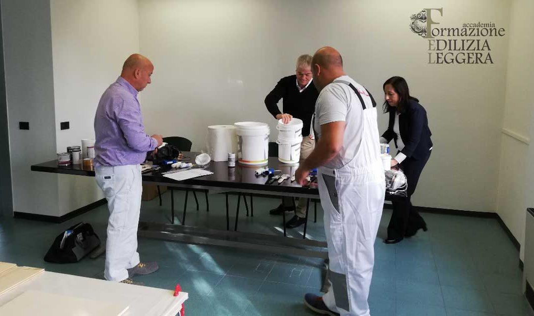 Vi presentiamo i primi professionisti certificati pittori edili. Tra loro anche 2 decoratori stellati di Accademia FEL